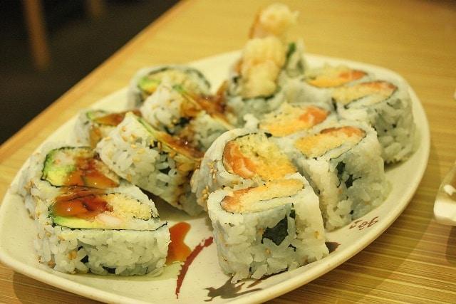 sushi japnese dish