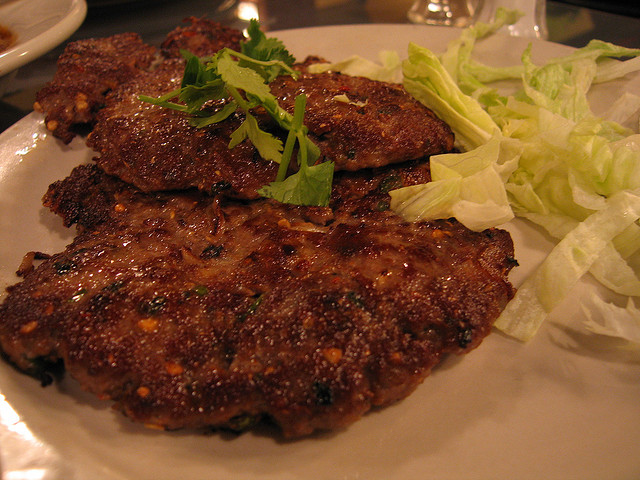 Chapli Kebab or Chappal Kabab: A fatty food delight - Image by MMChicago