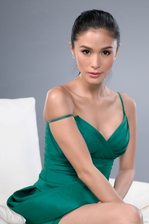filipino-nude-female-filipino-bold-stars
