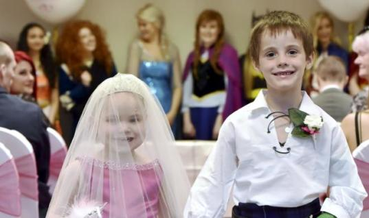 Despite Terminal Cancer, a 5-Year-Old Girl Marries Her Best Friend