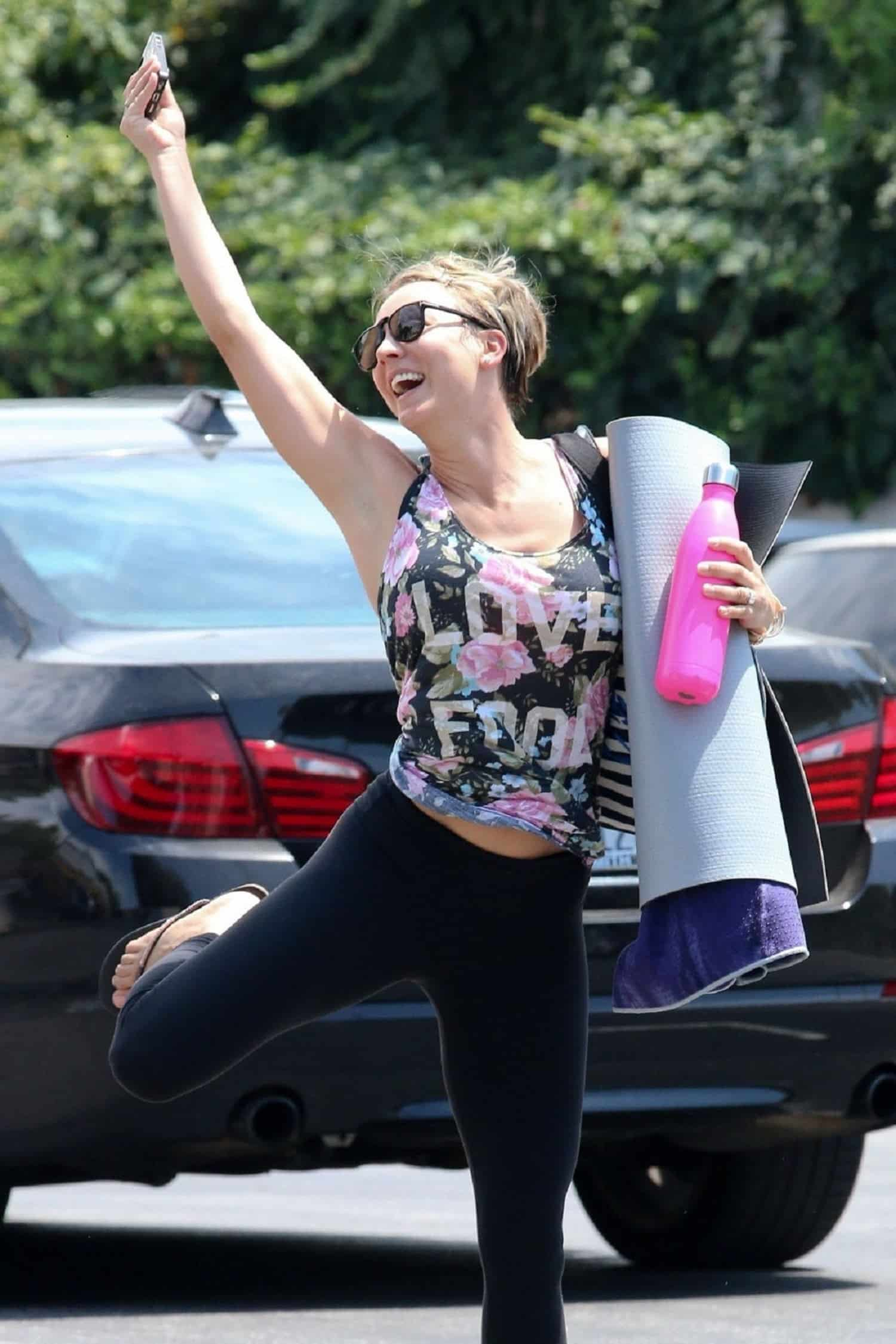 20 celebrities who look breathtaking in yoga pants – mutually